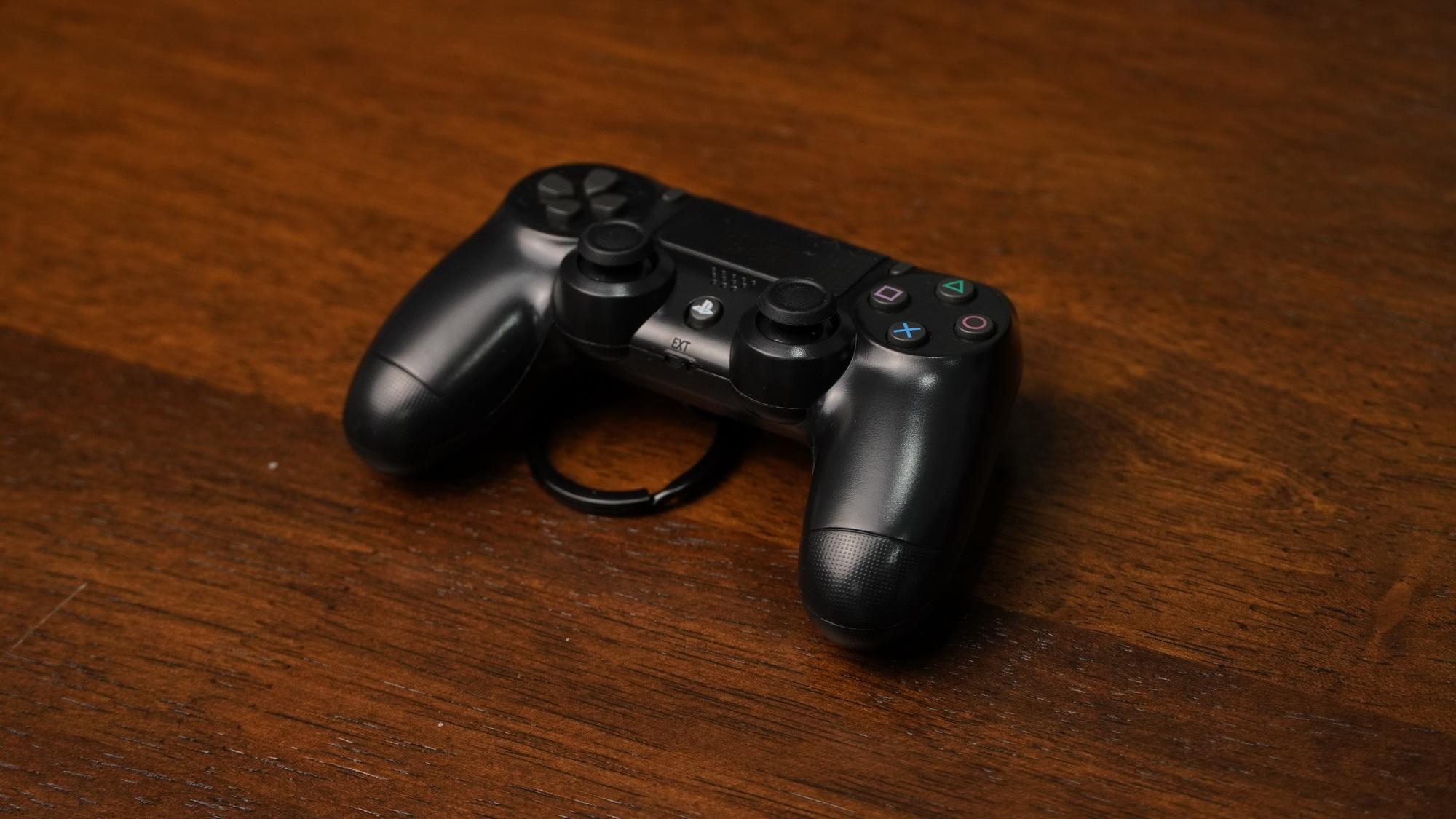 PS4 Keychain